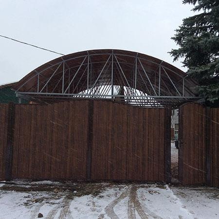 навес и ворота для дачи